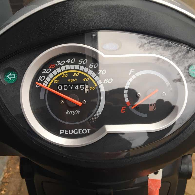 Peugeot-Tweet-Snorscooter-Kilometerteller