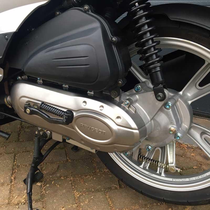 Peugeot-Tweet-Snorscooter-Motor