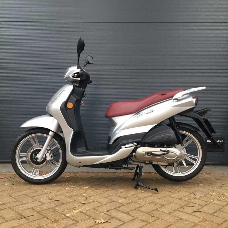 Peugeot-Tweet-Snorscooter-Zijkant-Links
